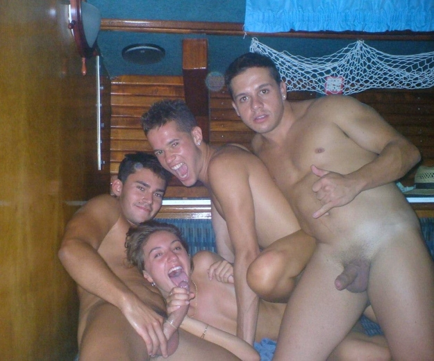 пьяная молодежь любительское порно фото