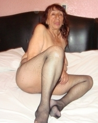 Old mature granny nude pics compilation