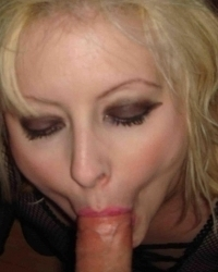 Amateur COCKSUCKERS Teens, Mothers, Wives , Girlfriends and Milfs