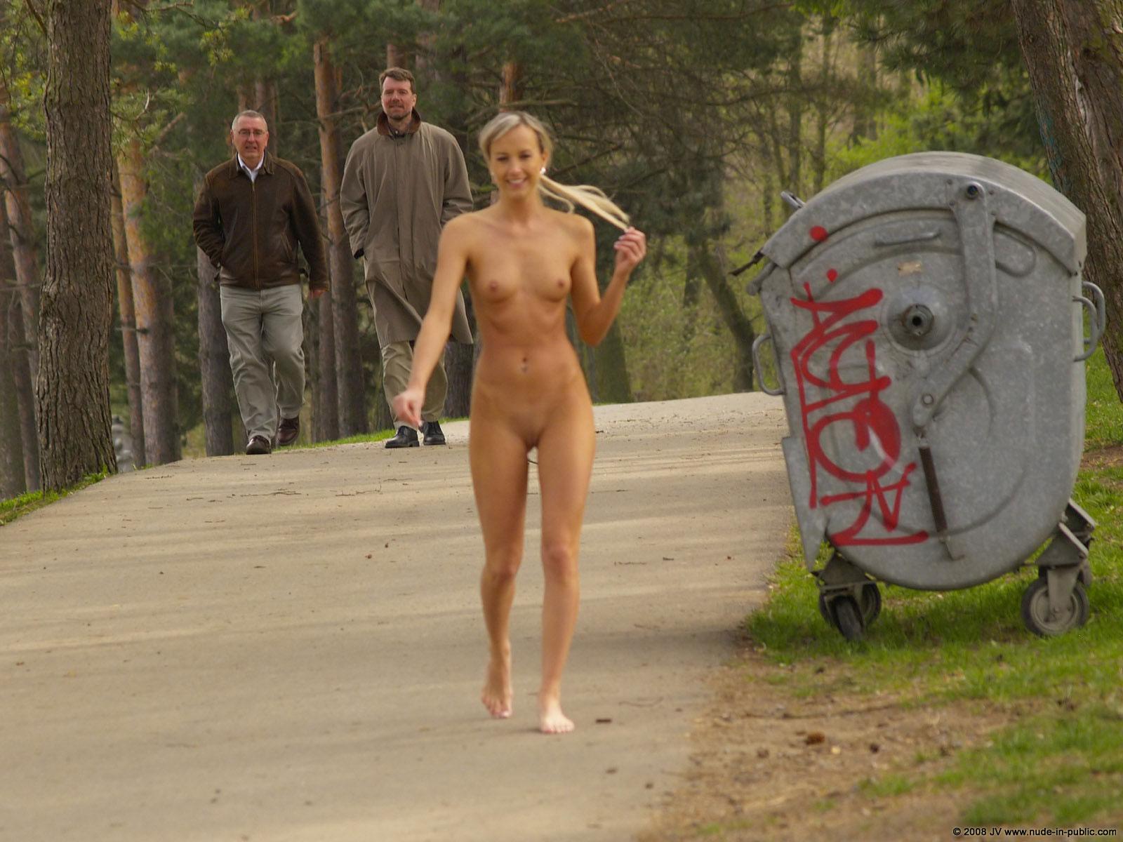 Australian featurethe naked wanderer, starring john cleese, begins its wa shoot