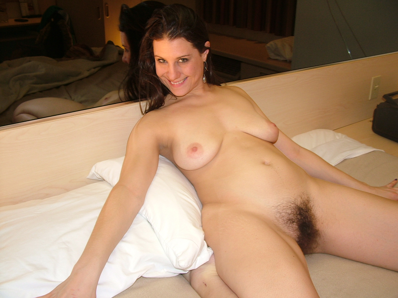 Natural hairy older ladies pics