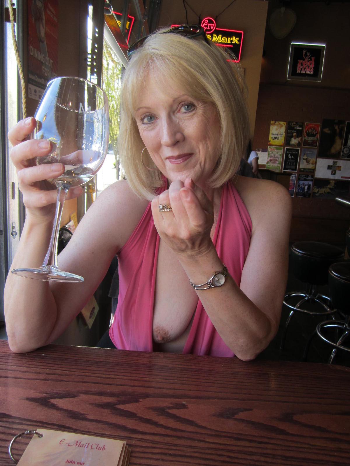 Mage granny porn nude picture