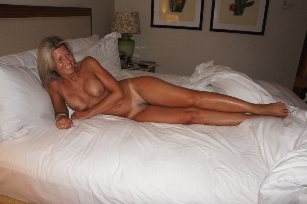 Nc Naked Wives Clubs