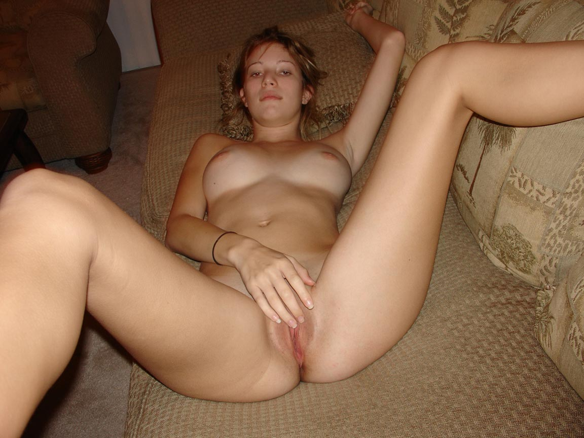 amateur-young-intim-sex-pic