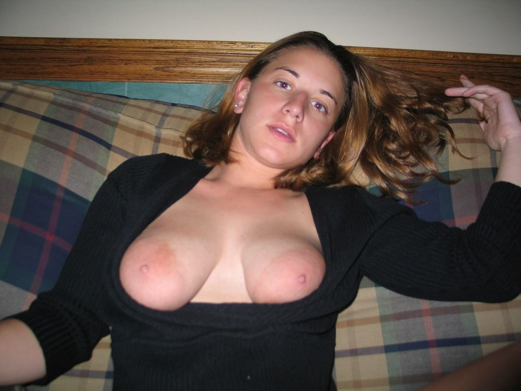 Big Tits Girlfriend Home Made