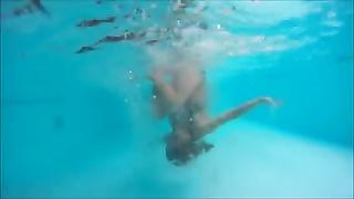 Underwater rolls