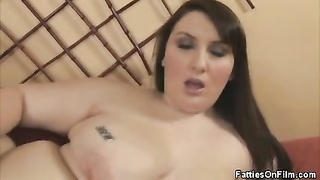 Finger smashing BBW Jane Gets It On With Her guys
