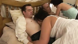 4883British Swingers share two