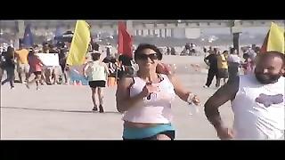 8239rapid/fast milf beach spy running huge melons 13