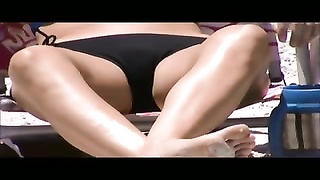 8276quick beach milf genitals shot 52, 53 taut  panty cameltoes