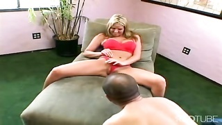 bossy milf wants to be watched