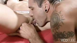 candy honey  gets her honeypot  munched