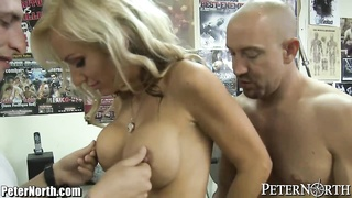 PeterNorth milf enjoys It tough!