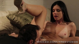 splendid milf India Summer likes  hook-up