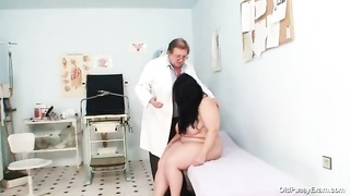 large orbs  corpulent mom Rosana gyno doctor examination