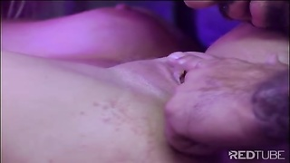 Julie Meadows yellow-haired twat screwed in limo