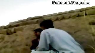 crazy Peshawari lovers having sex outdoors MMS