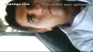 Pakistani man Veeraj feeling his elder gf  inside car MMS video
