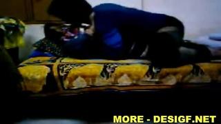 Indian Hyderabadi gf Shilpa And Mani MMS