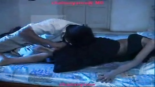 Indian lovers steaming Adult film Kissing episode