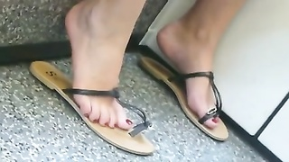 3 molten women impersonal feet in sandals