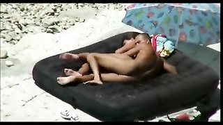 Nude Beach - actual Couples caught on Camera
