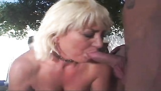 Trailer Park Mom Dana Uses All Her crevices