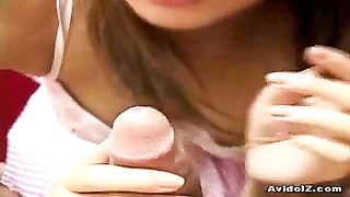 Japanese teen gives a molten oral job and plays with cum