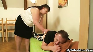 She leaves and stout mother-in-law nails him
