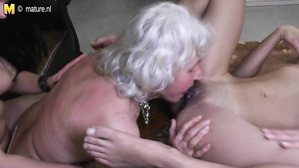 очень старые лесбиянки порно