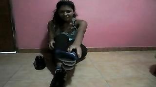 Venezuelan feet tease