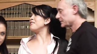 Hannah Shaw & Aaliyah in an MMFF episode