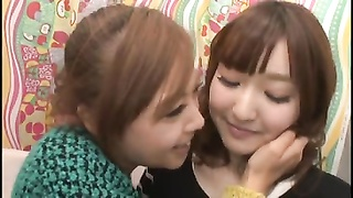 Japanese lesbo Gokuraku 38d