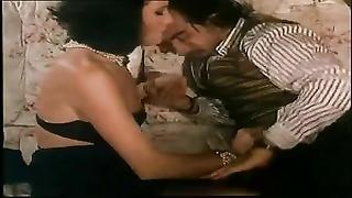 Italian retro fur covered  ass-fuck  milf in stockings.