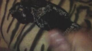 Fetish jerking off in stolen underwear creampie