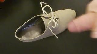 jizz on my gf's new heels