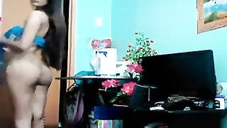 Julia stunning cat from Philippines vid2