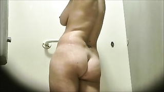 Dutch mummy  Voyeur Shower