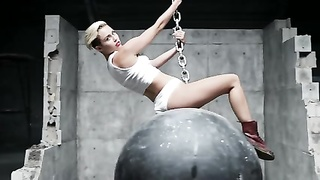 160570Miley Cyrus -Wrecking Ball