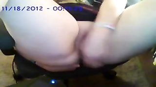 throating on my fucktoy  and playing with my fuckbox and butt