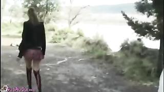 Baise dans les bois