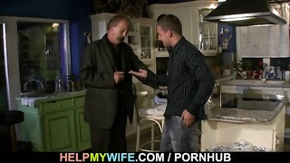 Cuckolding surprise for young wifey