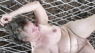 stale Nude chick SS Gets Her's Too