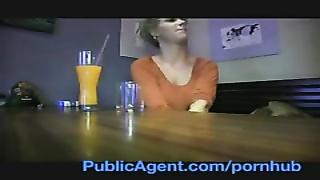 170937PublicAgent She's tearing up a celebrity? No!