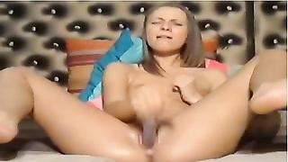 Mastrubating doll  on cam