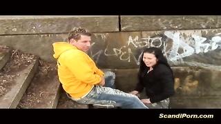 scandalous female enjoys gargling  man rod