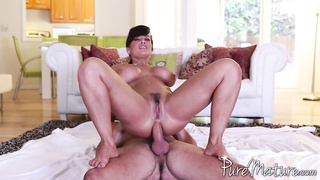 Lisa Ann having ass fucking hookup