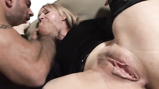female in dim gets her fuckholes fucked and creamed