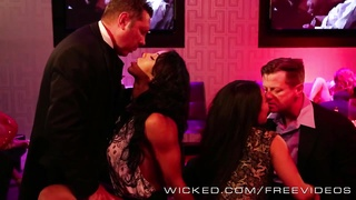 187921evil - Pornstars orgy at the club