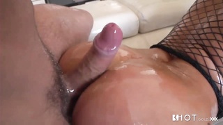 HOTGOLD London Keyes ass fucking damp and insane